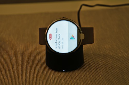Moto 360 started